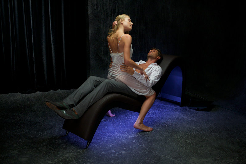 sofá erótico